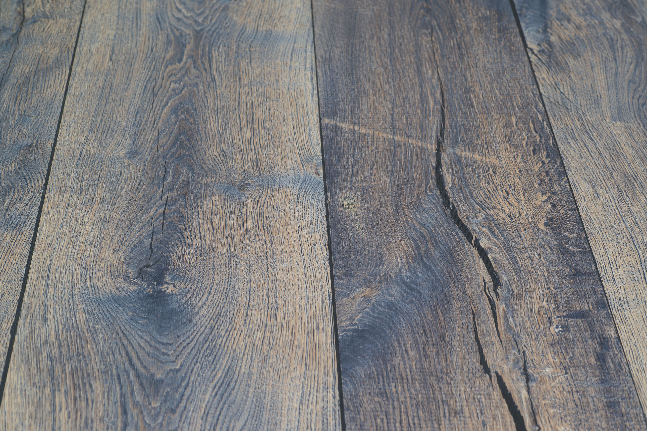 Eiken Balkenhout fineer 0,9 mm op  plaat  jeans colour   20x1210x3040 mm